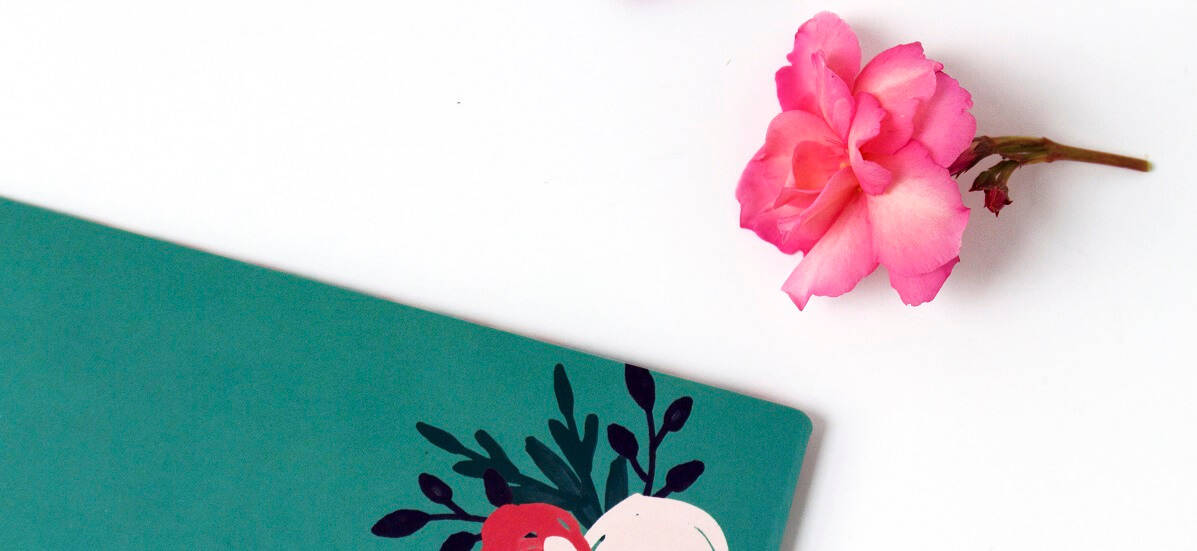 pink flower, notebook, best blogging facebook groups