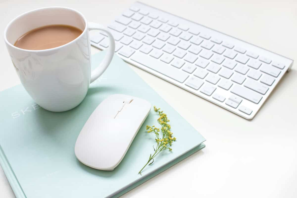 fresh pins pinning strategy, Coffee cup keyboard and mouse